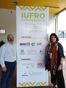 Photo showing Jose Gobbi, INTA, and Division 8 Coordinator Sandra Luque in Posadas 2018. Photo: Ignacio Villasuso (Comunicación INTA Centro Regional Misiones).