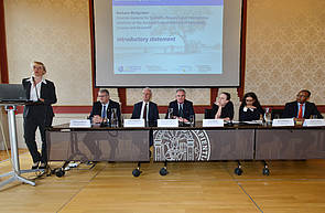 Photo showing Introduction to the panel discussion by Barbara Weitgruber, Austrian Federal Ministry of Education, Science and Research. Photo: William Tadros, BMNT