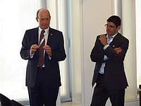 Photo showing IUFRO President Mike Wingfield and EFI Director Marc Palahi. Photo: Morn'e Booij Liewes, FABI.